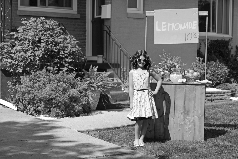 Lemonade Stand Girl